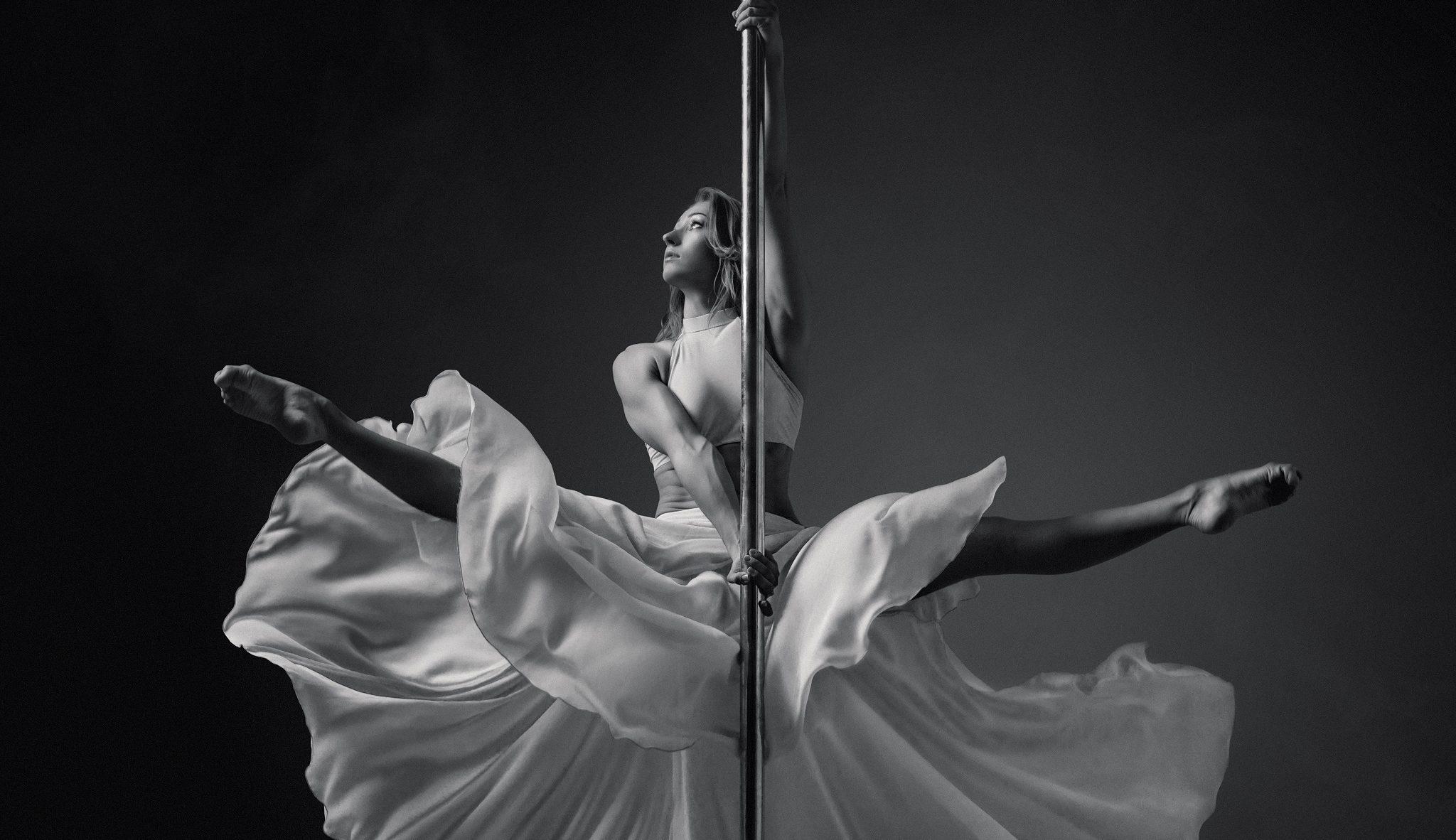Las 7 pole dancers que deberías seguir en Instagram
